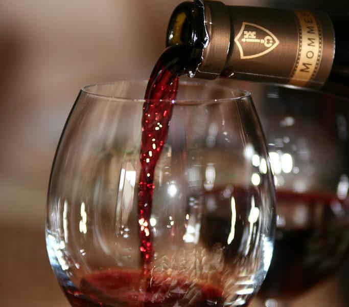 Vinkøleskabe og vinreoler giver restauranten eller hjemmet dybde