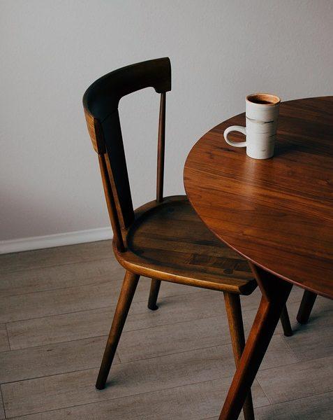 En spisebordsstol til ethvert budget